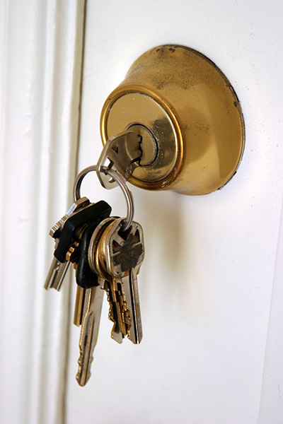 When to Repair or Replace a Deadbolt Lock